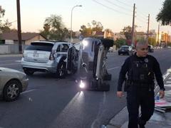 刚上路就被撞翻了!Uber宣布暂停自动驾驶汽车测试项目