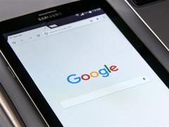 "老机""福利""!谷歌宣布Android5.0以上设备均将支持Google Assistant"