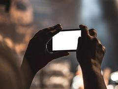 荣耀20 Pro拍照怎么样?荣耀20 Pro和iPhone Xs Max拍照功能对比评测